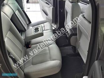 Peugeot 3008 Cam Tavan 1.6 HDi Xenon Far Kazasız